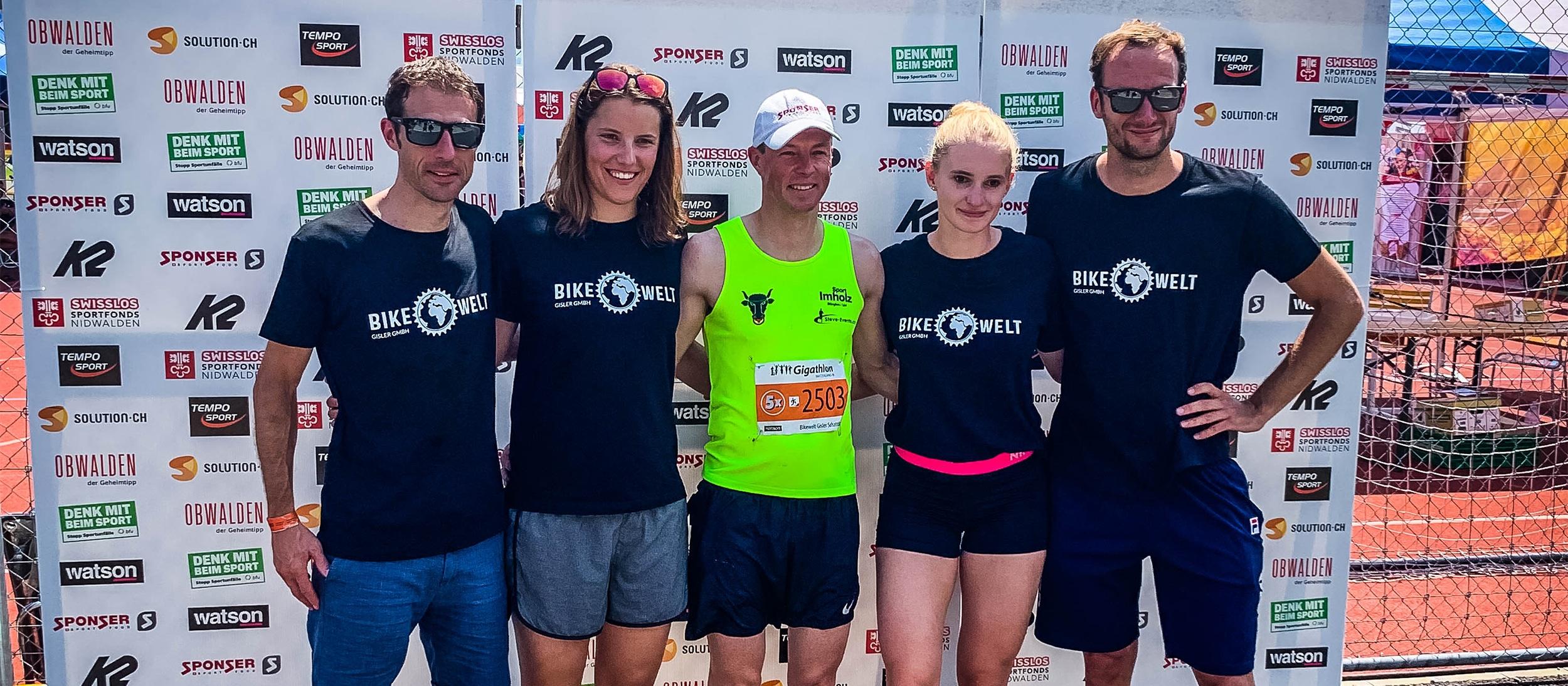 Für's Team Bikewelt Gisler am Start: Patrick Jauch (MTB), Sara Baumann (Schwimmen), Manfred Jauch (Running), Vera Güntert (Inline) und Thomas Krol (Rennvelo)